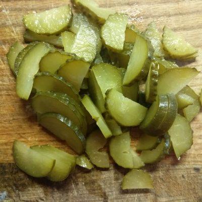 """Фото рецепта - Овощной салат с колбаской """"Весеннее настроение"""" - шаг 3"""