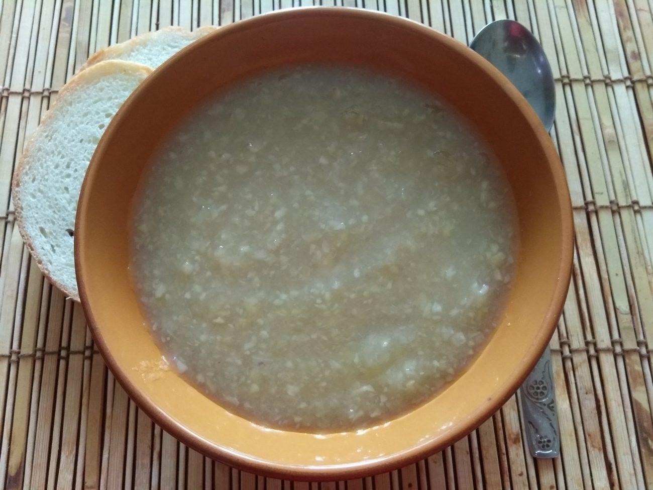 Крем-суп из корня сельдерея и яблок