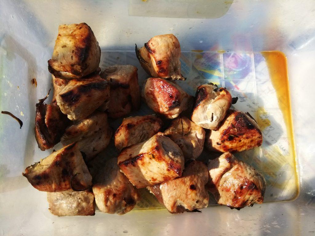 Фото рецепта - Свиной шашлык в маринаде из бальзамического уксуса - шаг 5