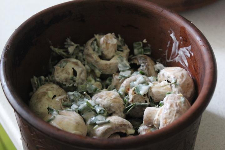Фото рецепта - Запеченные шампиньоны с зеленью - шаг 6