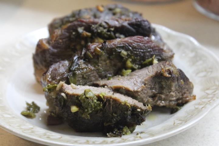 Фото рецепта - Свинина с молодой зеленью в духовке - шаг 6