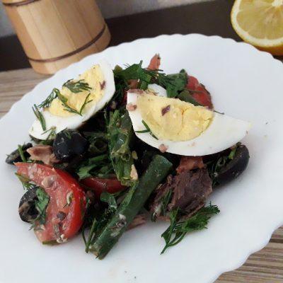 Фото рецепта - Салат с тунцом и стручковой фасолью - шаг 11