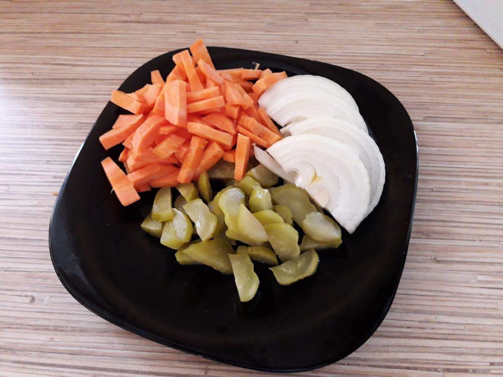 Фото рецепта - Аппетитное овощное рагу с мясом - шаг 3