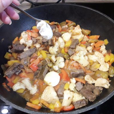 Фото рецепта - Аппетитное овощное рагу с мясом - шаг 10