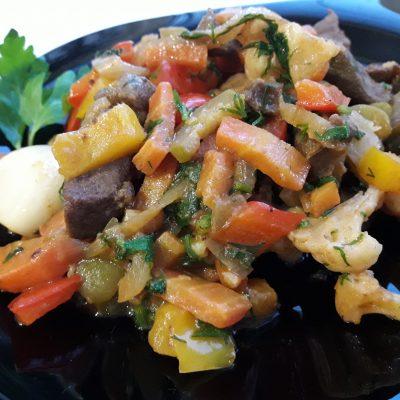Фото рецепта - Аппетитное овощное рагу с мясом - шаг 13