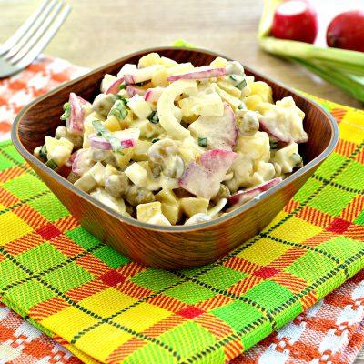 Салат с редиской и картофелем - рецепт с фото