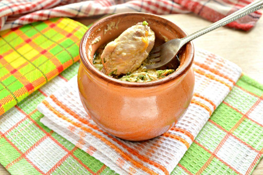 Фото рецепта - Куриные крылышки в горшочке с картофелем - шаг 8