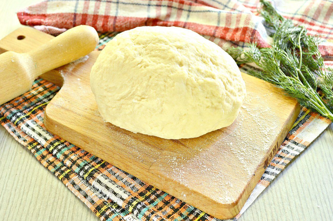 Тесто для вареников на кислом молоке