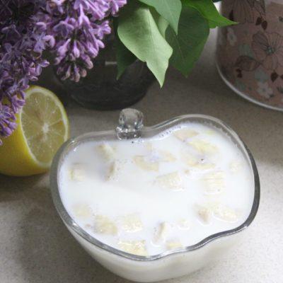 Молочное желе с бананом - рецепт с фото