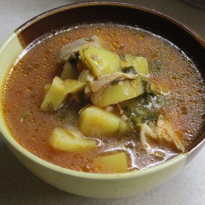 Томатный суп с курицей и щавелем - рецепт с фото