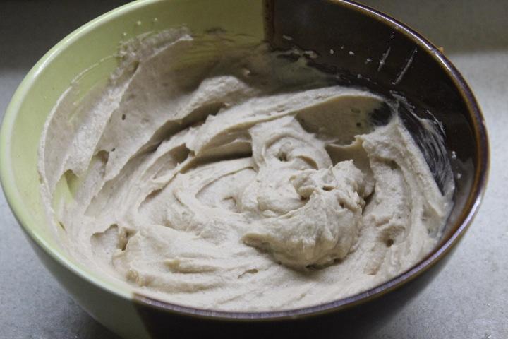 Ромовый крем для выпечки и десертов