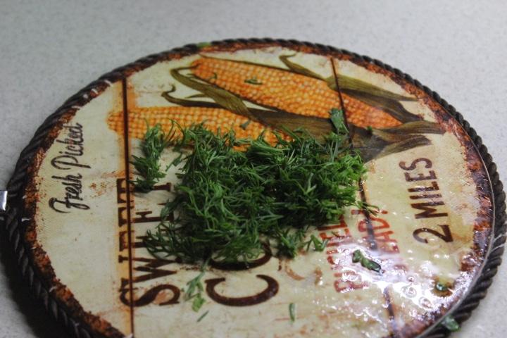 Фото рецепта - Зеленый соус с орешками - шаг 3