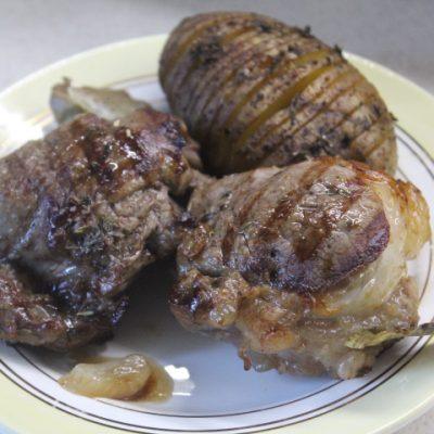 Свиные медальоны-гриль в пряностях - рецепт с фото