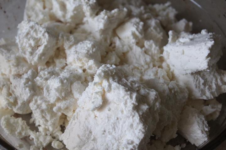 Фото рецепта - Домашний плавленный сыр с грибами - шаг 1
