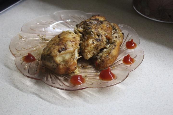 Фото рецепта - Куриная грудка в сладком соусе, запеченная в фольге - шаг 6