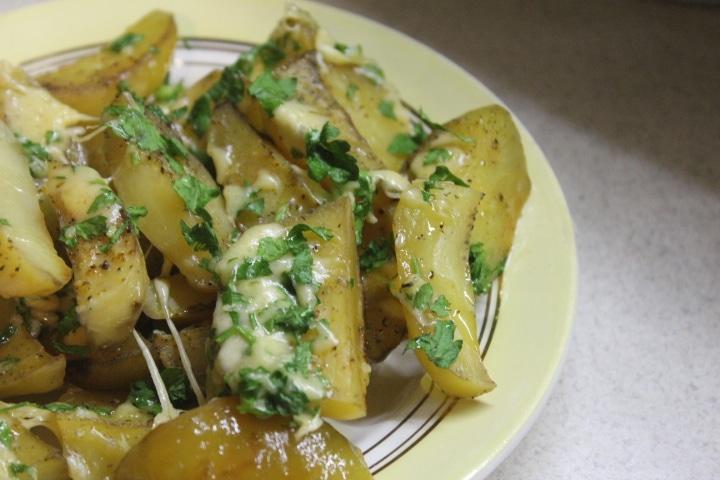 Фото рецепта - Картофель с сыром и зеленью - шаг 5