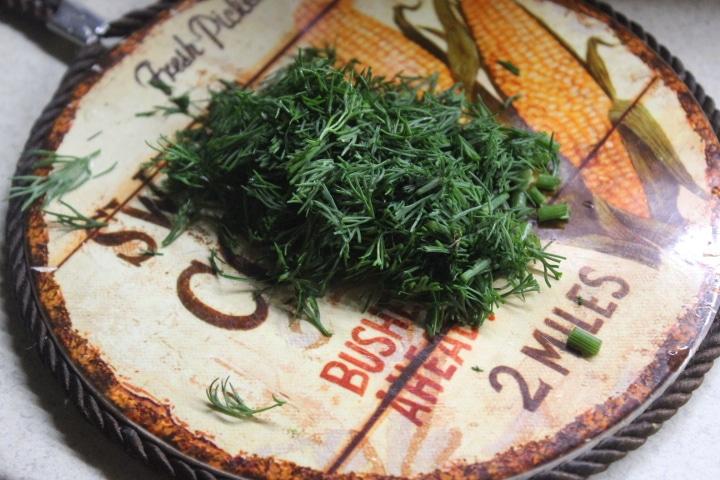 Фото рецепта - Картофель с творогом и зеленью в духовке - шаг 1