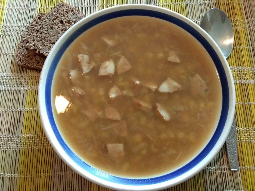 Фото рецепта - Суп из гороховой крупы и домашней колбасы - шаг 4