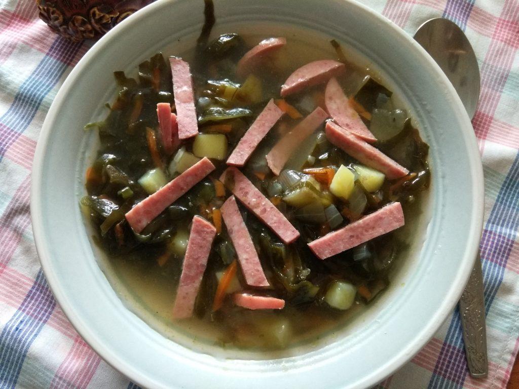 Фото рецепта - Картофельный суп с маринованными огурцами и морской капустой - шаг 4