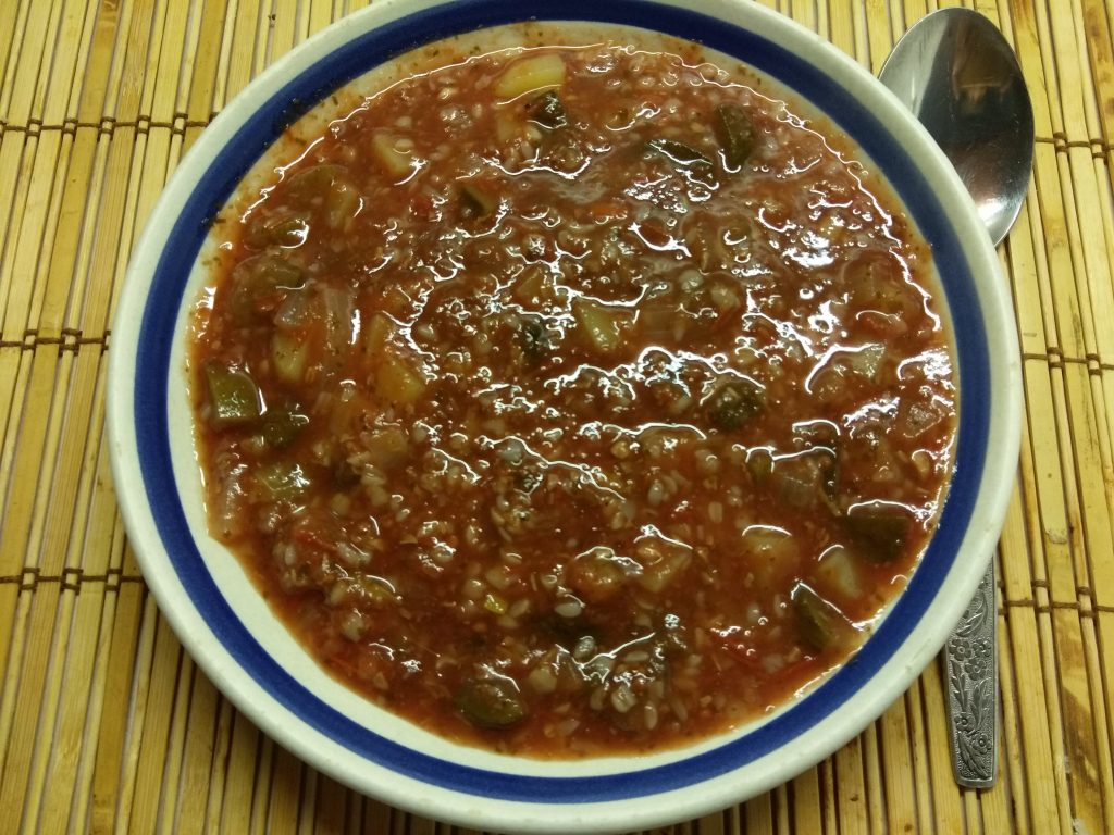 Фото рецепта - Томатный суп с солеными огурцами и гречкой - шаг 4