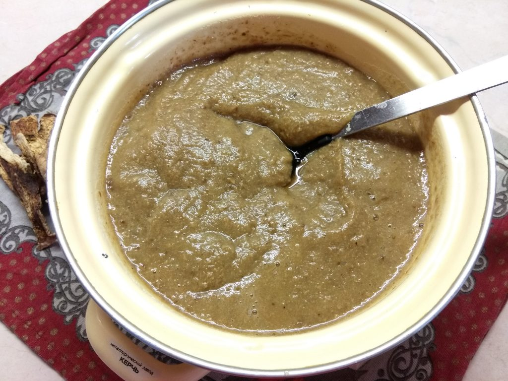 Фото рецепта - Крем-суп из лесных грибов - шаг 4