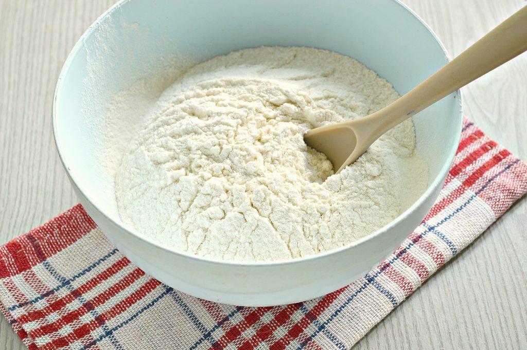 Фото рецепта - Чебуреки с мясной начинкой на заварном тесте - шаг 1
