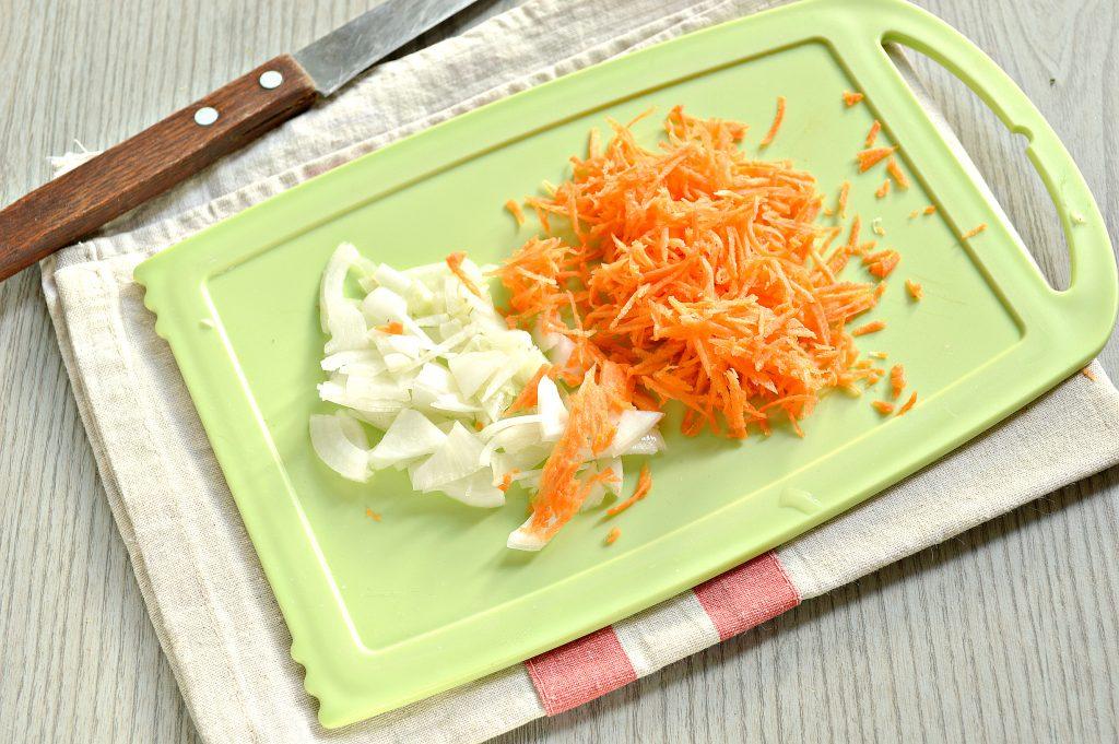 Фото рецепта - Ароматный картофельный суп со свиными ребрышками - шаг 2