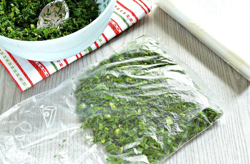 Фото рецепта - Зелень на зиму (2 способа) - шаг 3