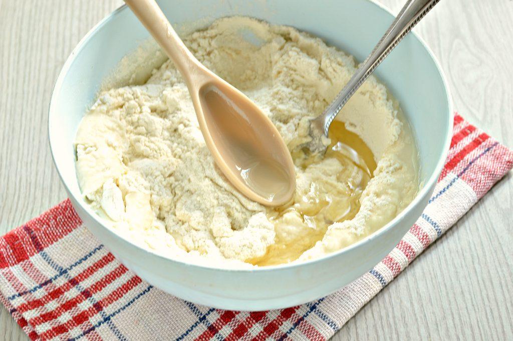Фото рецепта - Чебуреки с мясной начинкой на заварном тесте - шаг 4