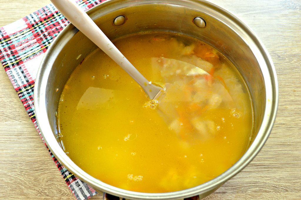 Фото рецепта - Рисовая каша с курицей - шаг 4