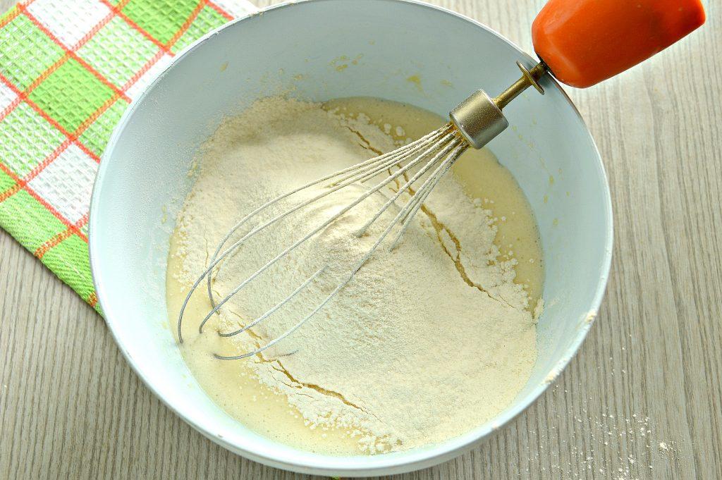 Фото рецепта - Заварные блинчики на скисшем молоке и кипятке - шаг 4