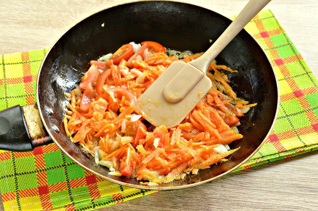 Фото рецепта - Овощной суп с молодой капустой и курицей - шаг 4
