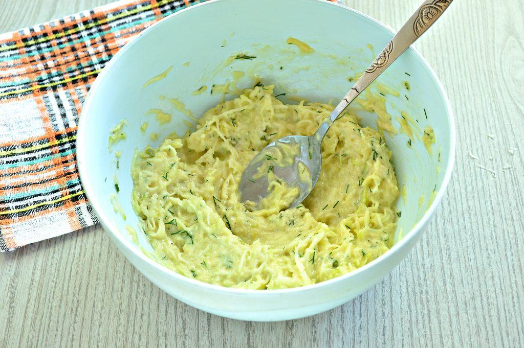Фото рецепта - Картофельные драники с кабачком - шаг 5
