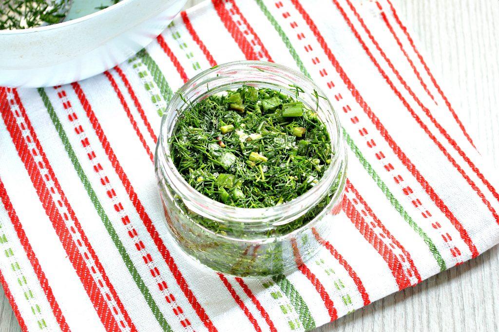 Фото рецепта - Зелень на зиму (2 способа) - шаг 5