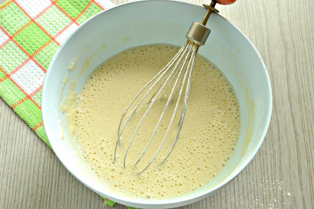 Фото рецепта - Заварные блинчики на скисшем молоке и кипятке - шаг 5