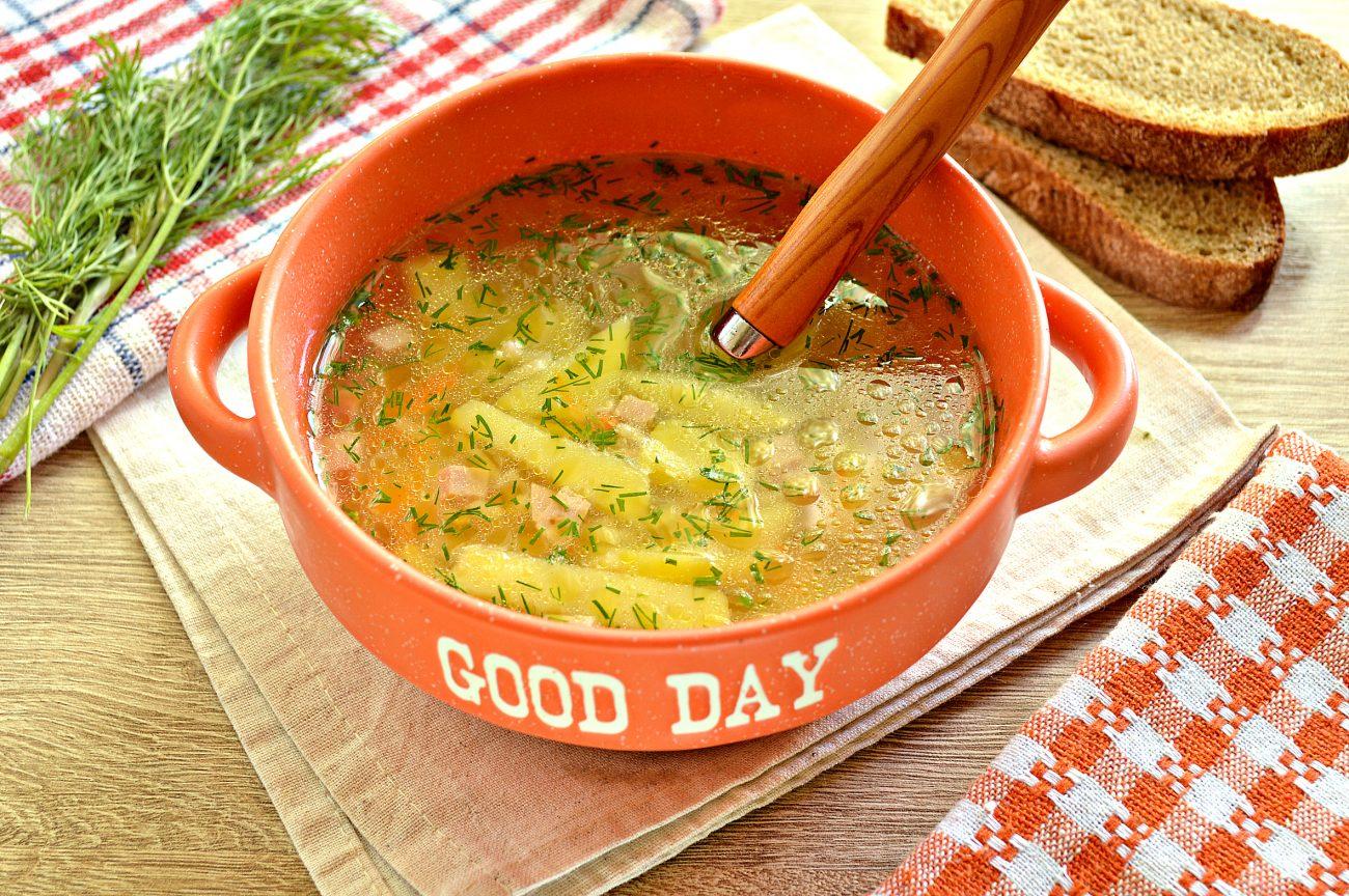 Вермишелевый суп с колбасой