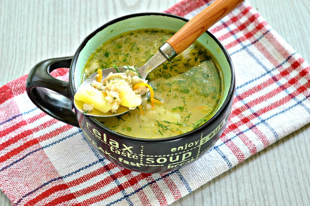 Фото рецепта - Куриный суп с овсяными хлопьями - шаг 7
