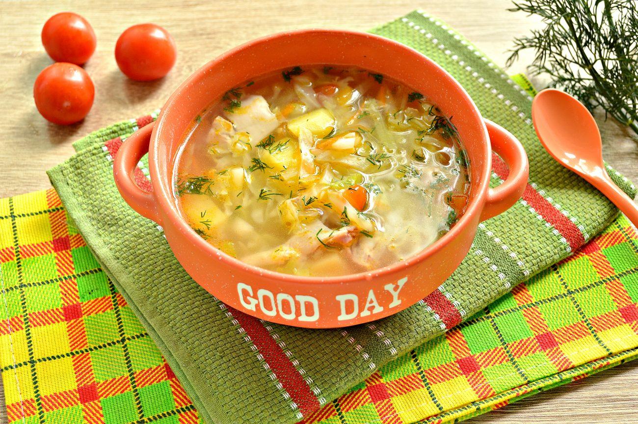 Овощной суп с молодой капустой и курицей