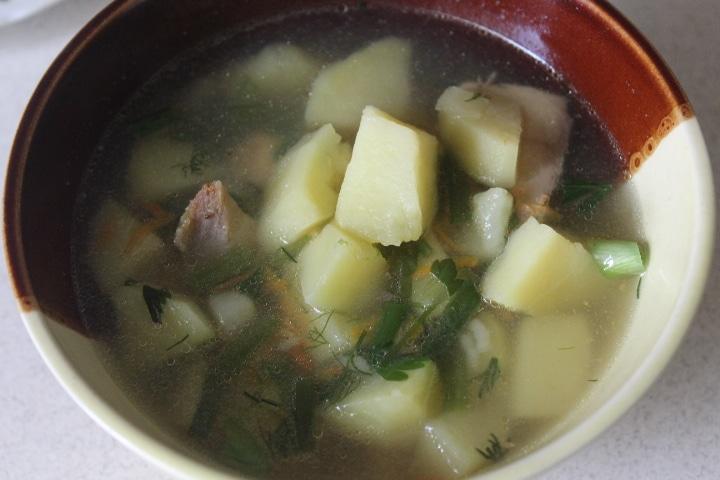 Фото рецепта - Суп с горбушей и пшеном - шаг 7