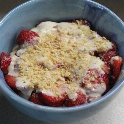 Клубничный десерт - рецепт с фото