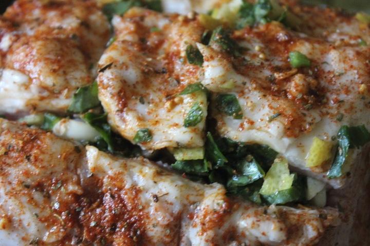 Фото рецепта - Свинина в виноградных листьях в духовке - шаг 4
