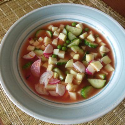 Холодный томатный суп с овощами - рецепт с фото