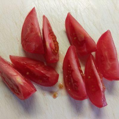 Фото рецепта - Омлет в духовке с кабачком и помидором - шаг 4