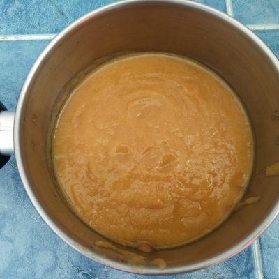 Фото рецепта - Смузи из яблока, персика и банана - шаг 3