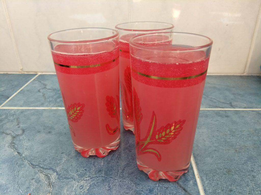 Фото рецепта - Вишневый лимонад с мятой - шаг 4