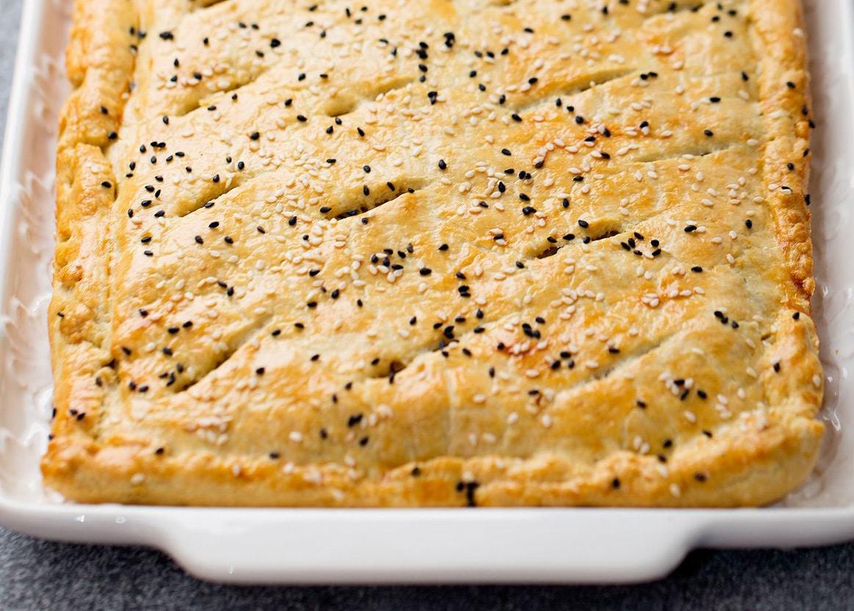 Пирог с картофельно-грибной начинкой и куриной грудкой