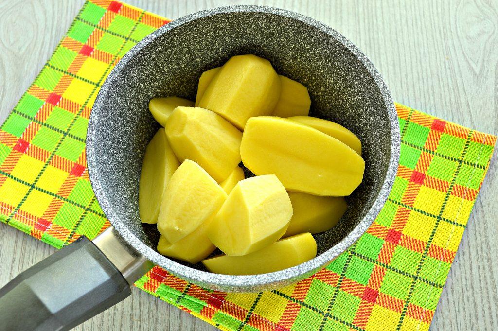 Фото рецепта - Картофельное пюре с зеленью и молоком - шаг 2