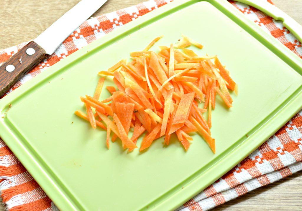 Фото рецепта - Картофельный салат с овощами и печенью - шаг 2