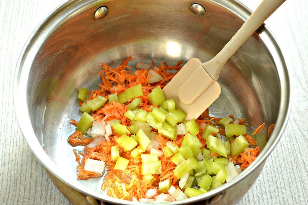 Фото рецепта - Подлива с овощами и мясными фрикадельками - шаг 2
