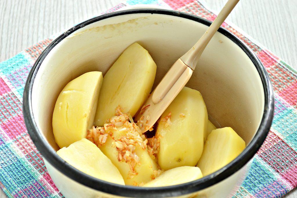 Фото рецепта - Вареники с картофелем на пару - шаг 2